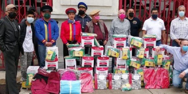 Entrega TAUROMAQUIA MEXICANA apoyos a monosabios de la CDMX