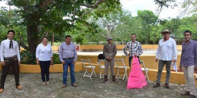 """""""El Zapata"""", Rocha y Lizardo, de tienta en La Ceiba"""