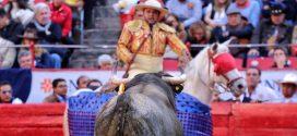 ¡JORGE MORALES celebra 20 años como picador de toros!