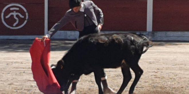 Lomelín, de tienta en La Punta