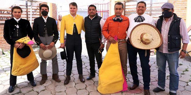 Ameno festival tlaxcalteca