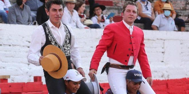 Hernández Gárate y Luis Pimentel, a hombros