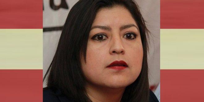Urgida de reflectores, alcaldesa de Puebla; tras malos resultados busca los reflectores