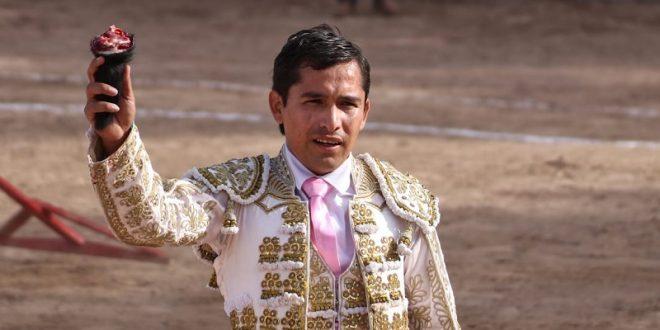 """Orejas para """"El Tuco"""" y Del Castillo, en el Cortijo Las Fuentes (*Fotos*)"""