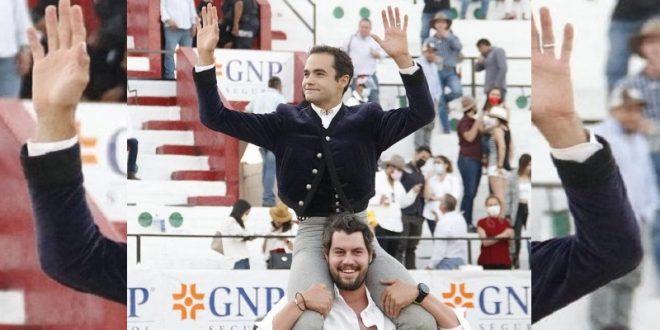 A hombros en León, Juan Pablo Sánchez