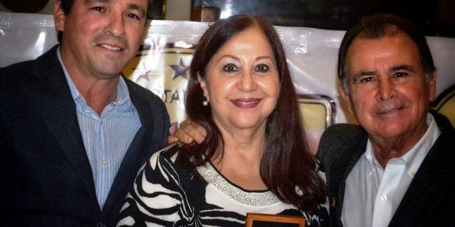 Medalla conmemorativa de Eloy Cavazos