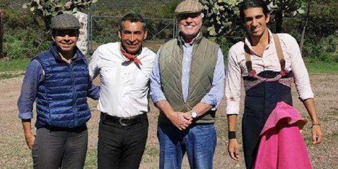 'Calita' llega de España… tienta, suma tres tardes y regresa