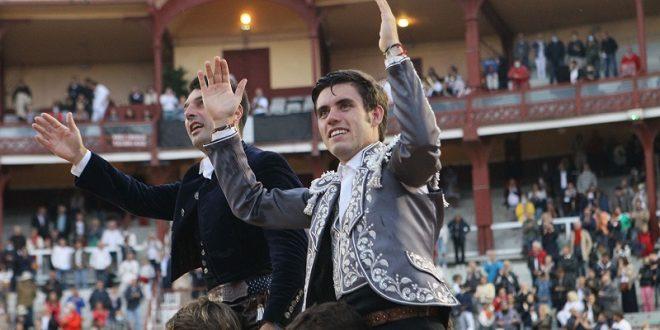 Orejas y rabo, a Guillermo Hermoso de Mendoza en Bayona