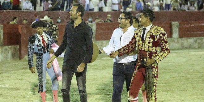 Indultan toro de regalo en Cedral, tras faena de Gerardo Rivera