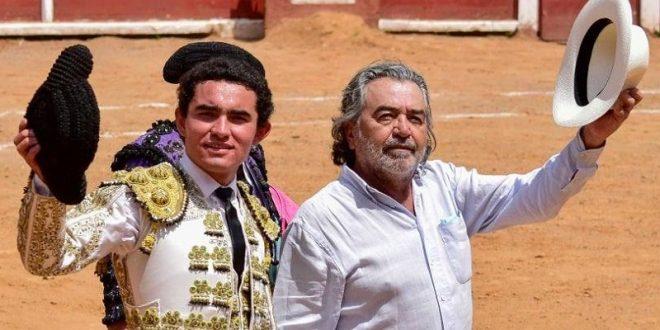 Celebra novilleros con bravo encierro de De Haro