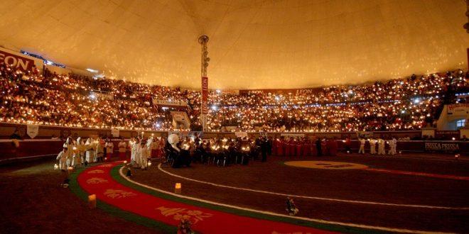 Huamantla se ilumina de noche en la Corrida de Las Luces