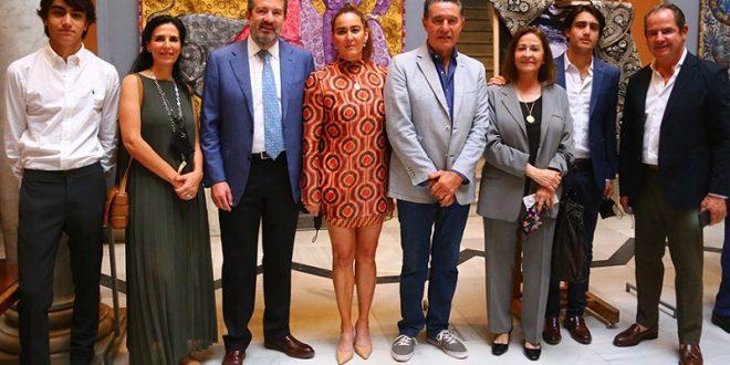 """Inaugura  Isabel Garfías exposición """"BELFOS DEL TORO MEXICANO SURCAN LAS ARENAS"""" en Sevilla (*Fotos*)"""