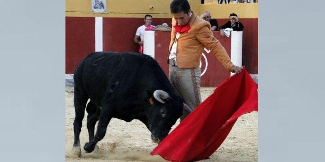 Debuta Óscar Rodríguez en España