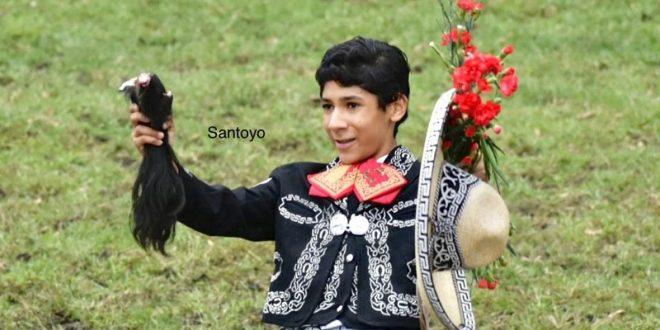 Recibe Santoyo los máximos trofeos